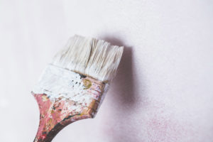 DIY benutzter Pinsel Wand